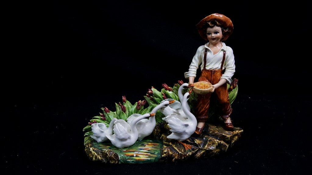 Majolica Figurine / Vase
