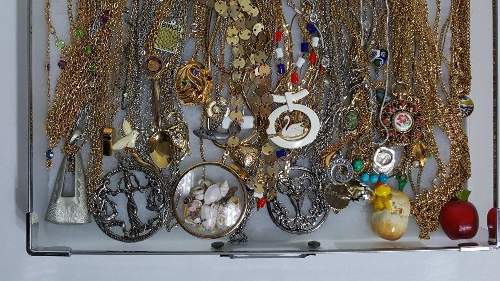 Gold & Silver Tone Necklaces & Pendants