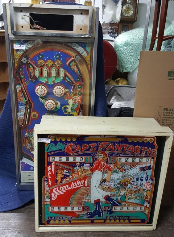 1976 Elton John Captain Fantastic Pinball Machine