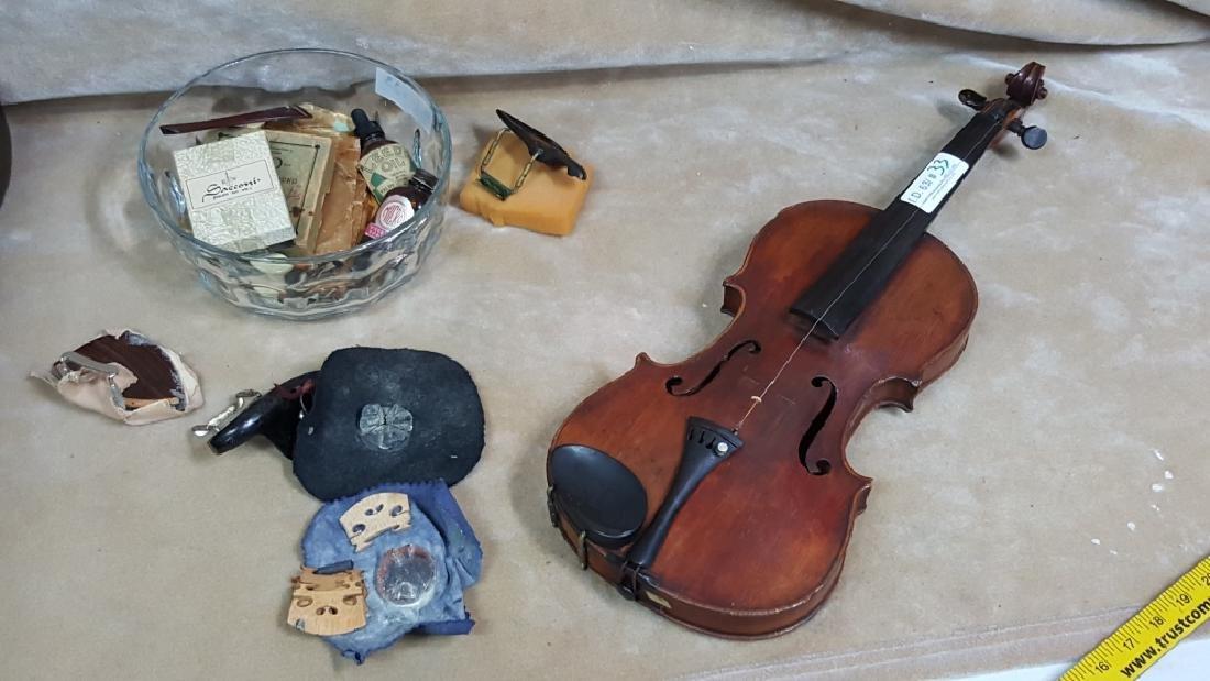 Universal Violin