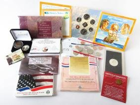 LOT ASSORTED COMMEMORATIVE COLLECTABLE COINS