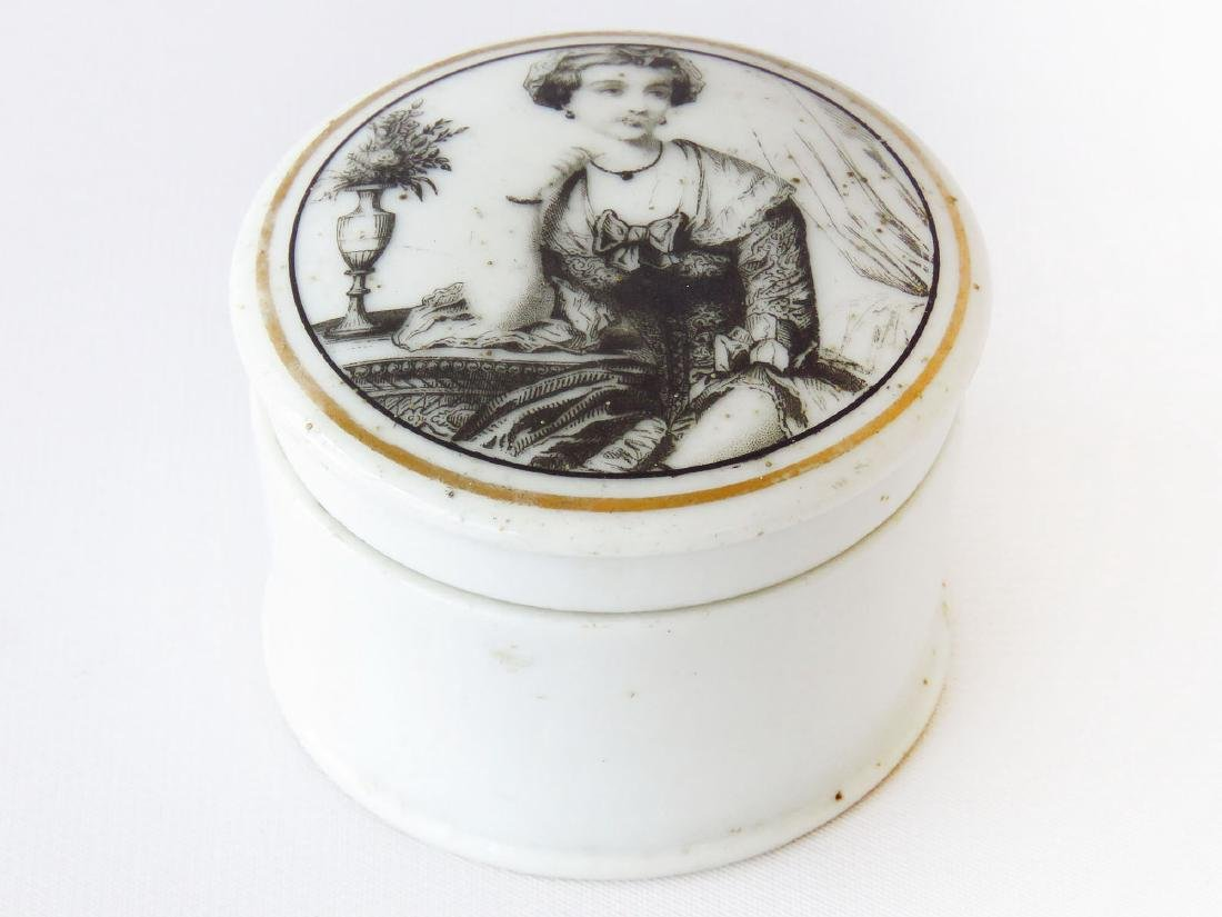FRENCH H/P PORCELAIN PALMADE BOX 19TH C.