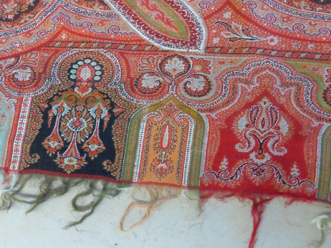 VINTAGE FINE EARLY PAISLEY CASHMERE SHAWL - 3