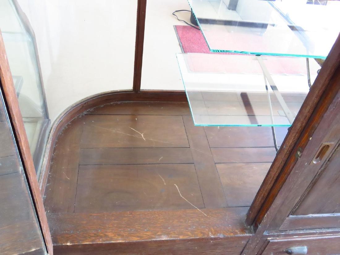 ART DECO CURVED GLASS/OAK SHOWCASE C. 1920 - 4
