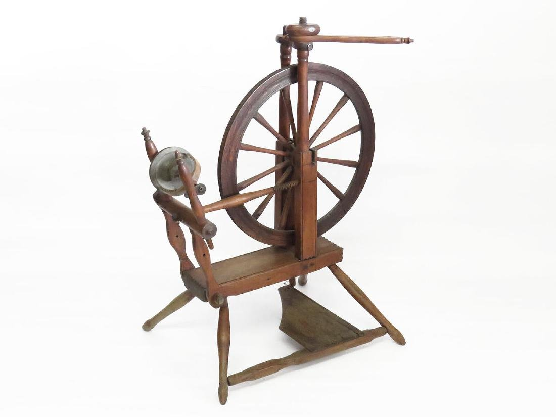COUNTRY SPINNING WHEEL 19TH C.