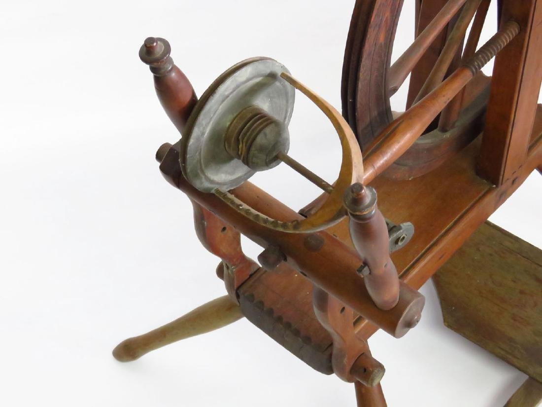 COUNTRY SPINNING WHEEL 19TH C. - 2