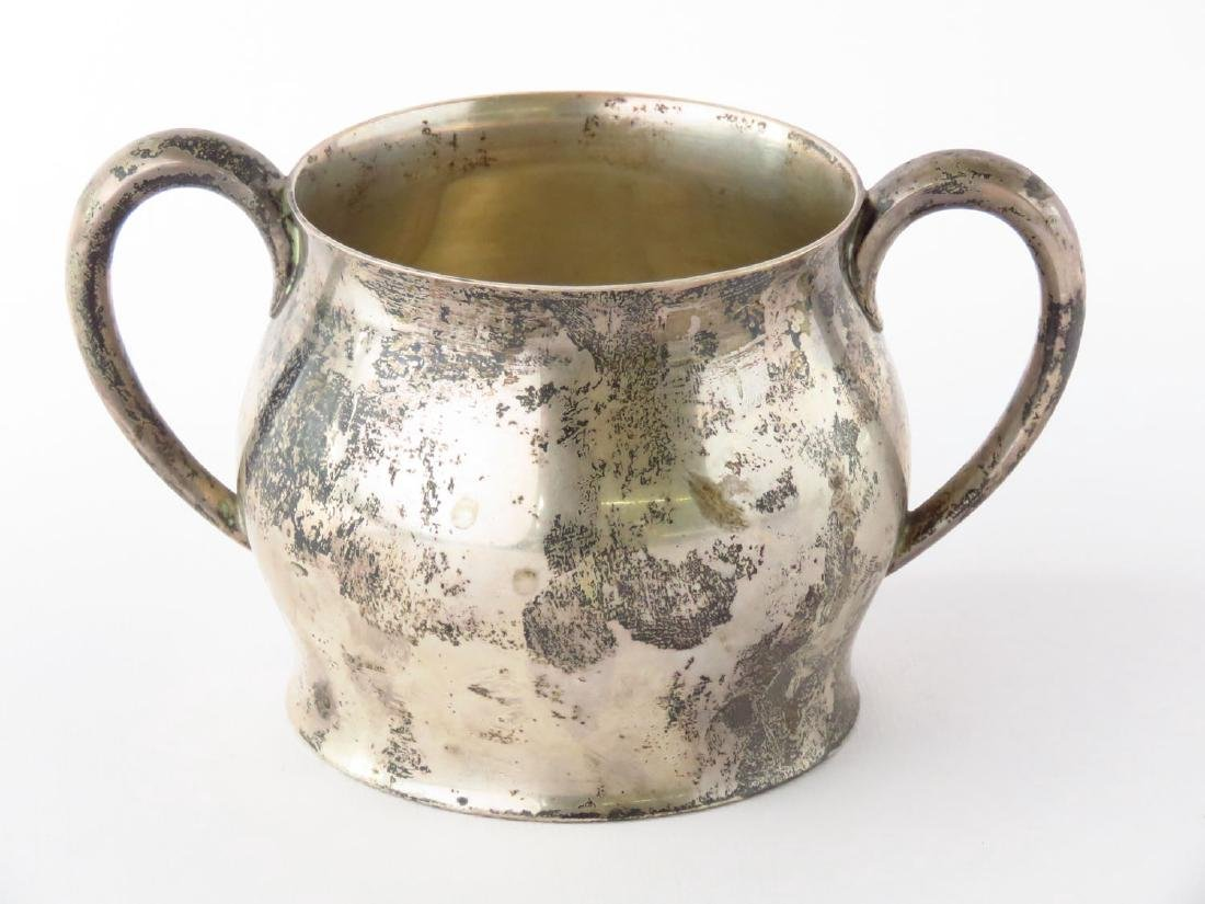 PAUL REVERE PATTERN STERLING CUP ENGRAVED, 20TH C. - 3