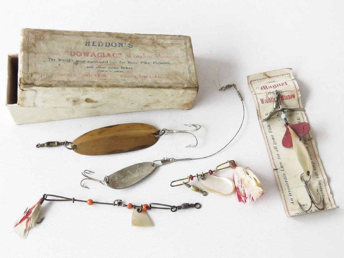 RARE HEDDON'S DOWAGIAC WOOD MINNOW LURE BOX, C. 1900