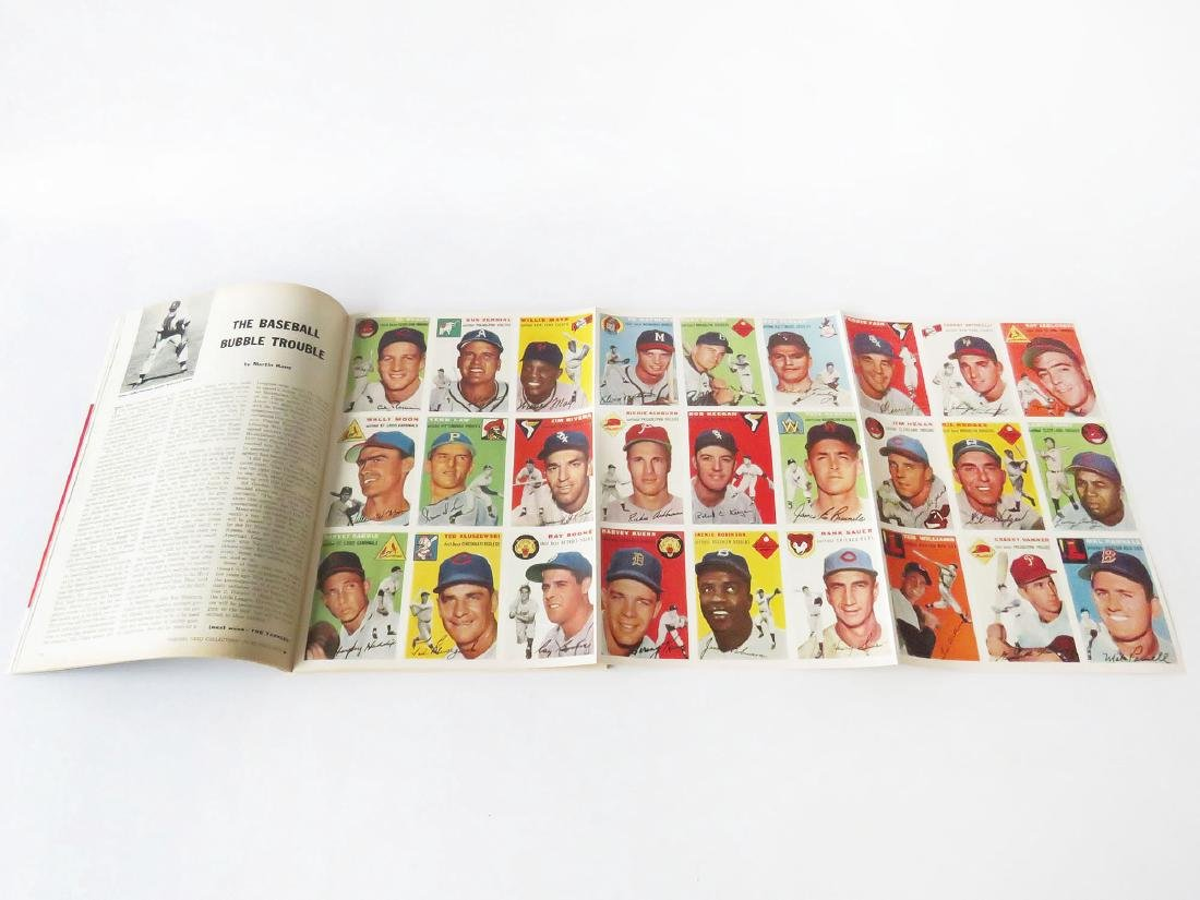 SPORTS ILLUS. 1ST ISSUE W/ BASEBALL CARDS, 1954