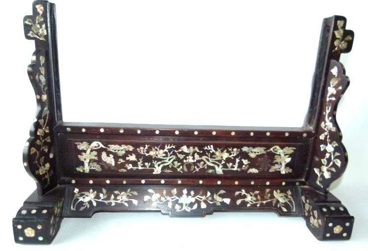 CHINESE CARVED SHELL INLAID TABLE SCREEN STAND
