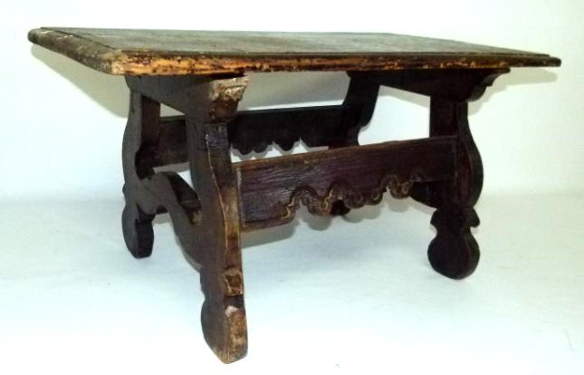 SPANISH COLONIAL WALNUT TABLE 17TH C.