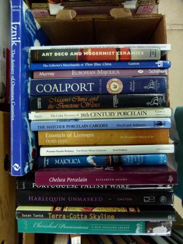 ART REF. BOOKS ON PORCELAIN, CERAMICS AND MAJOLICA