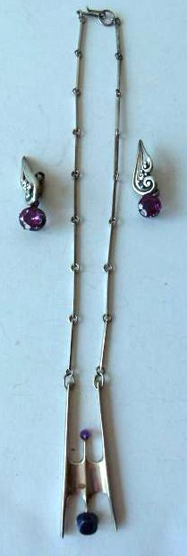 MEXICAN SILVER NECKLACE/SILVER/AMETHYST EARRINGS