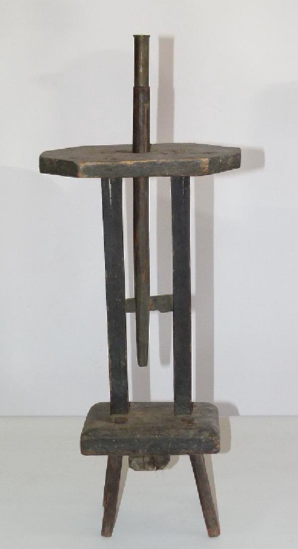 RARE HUDSON VALLEY PAINTED WOOD CANDLE STAND, 18TH C.