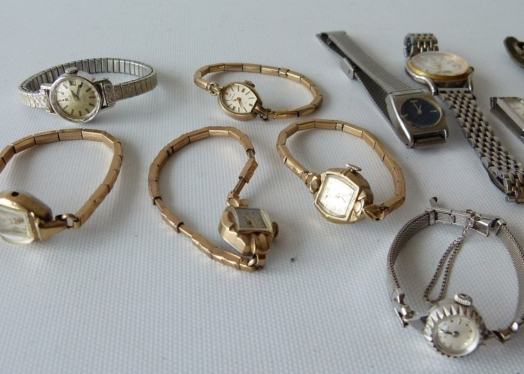 LOT ASSORTED LADIES WATCHES INCL. 14KT/CHARACTER - 3