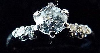 FINE ANTIQUE DIAMOND ENGAGEMENT RING C. 1930 - 2