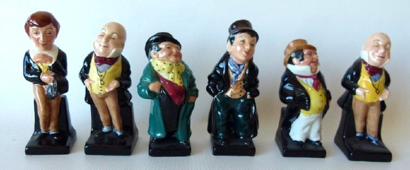 LOT (18) ROYAL DOULTON DICKENS FIGURINES/VARIOUS - 4