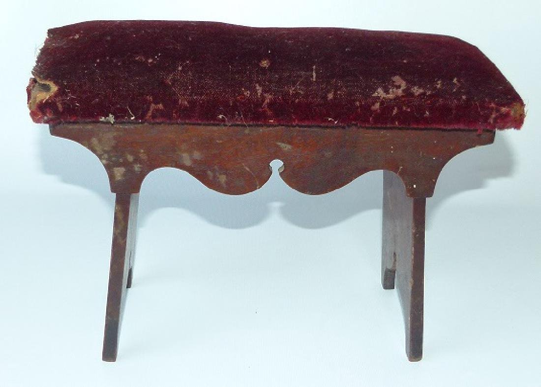 FEDERAL BLACK WALNUT CRICKET STOOL, 19TH C. SIGNED
