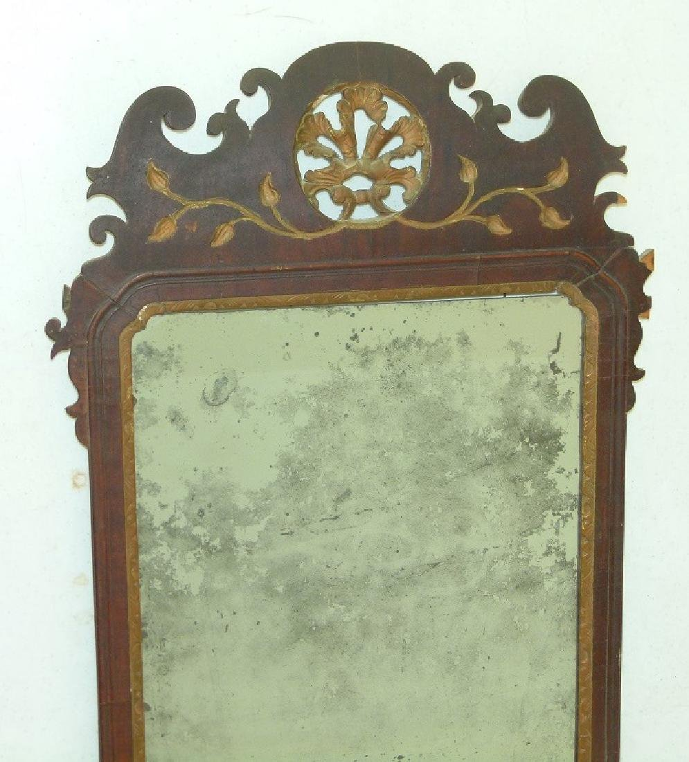 QUEEN ANNE MAHOGANY LOOKING GLASS, 18TH C. - 2