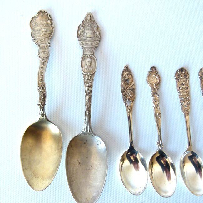 LOT ASSORTED STERLING INCL. CHILDS CUP, SOUVENIR SPOONS - 4