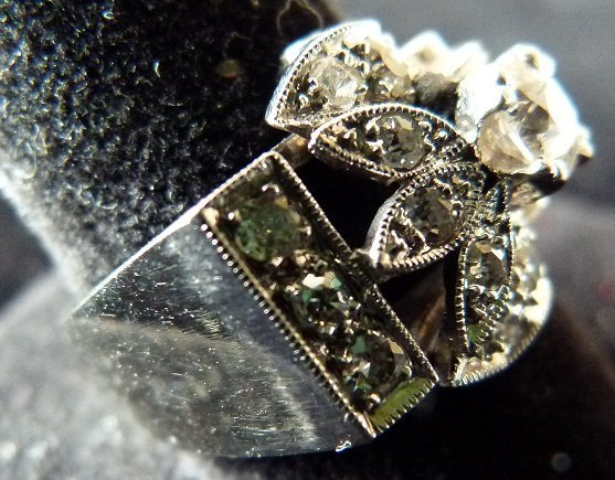 ART DECO 14KT. WHITE GOLD DIAMOND RING W/APPROX. 1 CT. - 10