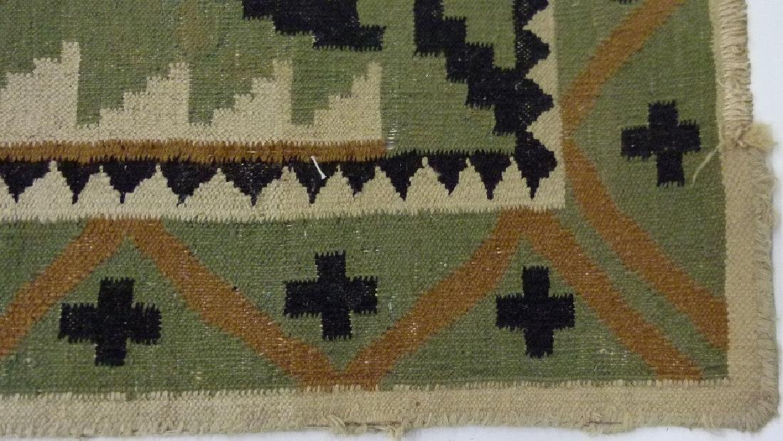 SOUTHWEST AMERICAN NAVAJO INDIAN RUG, C. 1920 - 5