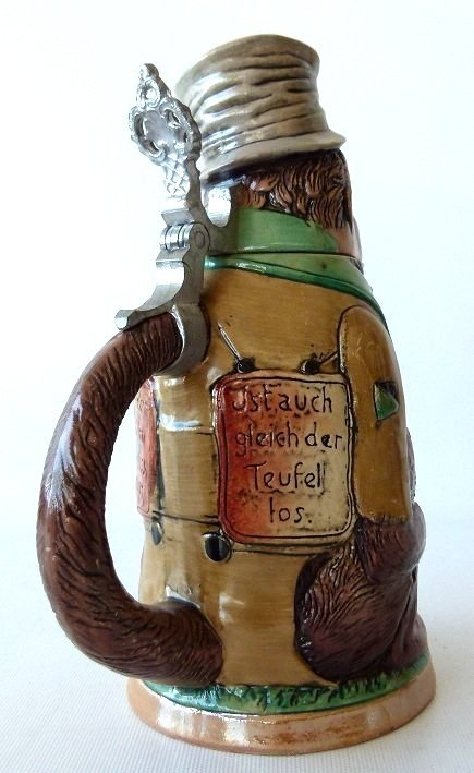1/4 LITRE GERMAN CHARACTER STEIN MONKEY, 19/20TH C. - 4