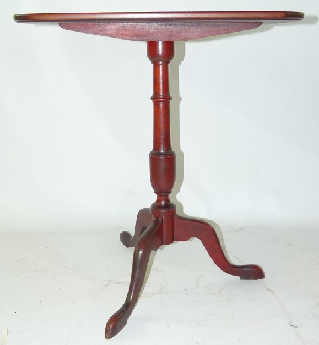 FEDERAL STYLE MAHOGANY TILT TOP GAME TABLE, 20TH C. - 2