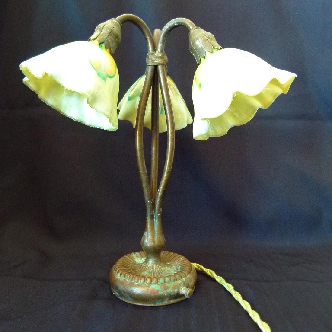 FINE TIFFANY STUDIOS LILY LAMP W/ FAVRILE PULLED