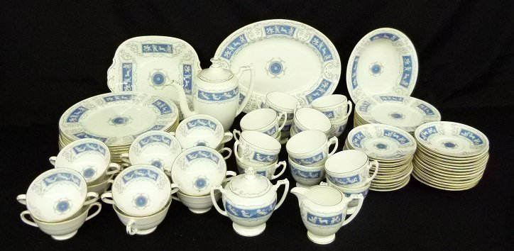 COALPORT DINNER SERVICE (12) REVELRY PATTERN W/ SERVING