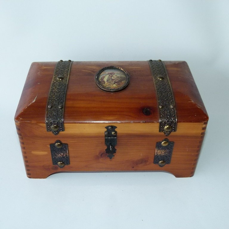 CEDAR JEWELRY BOX W/ASSORT. CONTENTS INCL. POCKET - 3
