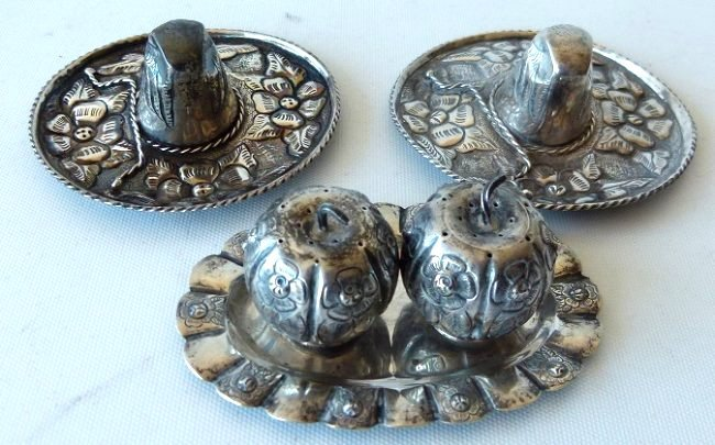 LOT ASSORTED MEXICAN STERLING SILVER TRINKETS