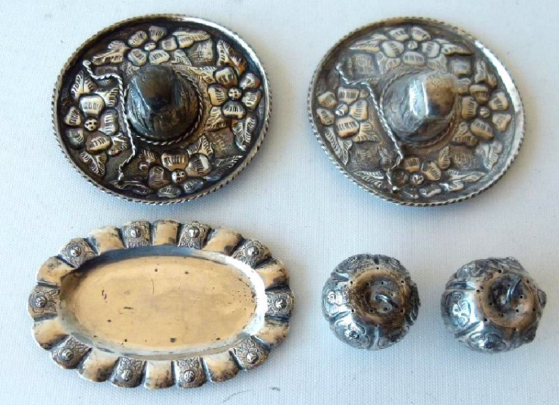 LOT ASSORTED MEXICAN STERLING SILVER TRINKETS - 3