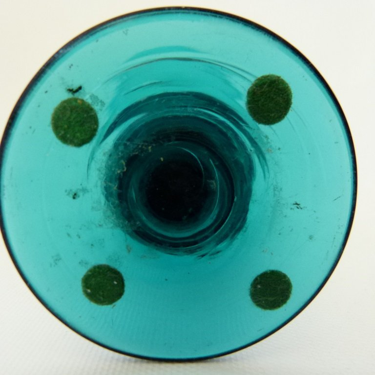 NEW JERSEY TEAL GREEN WINE GLASS, 1830 - 4