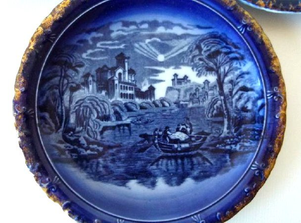 LOT (5) ASSORTED PATTERN FLOW BLUE SHOW PLATES, 19TH C. - 6