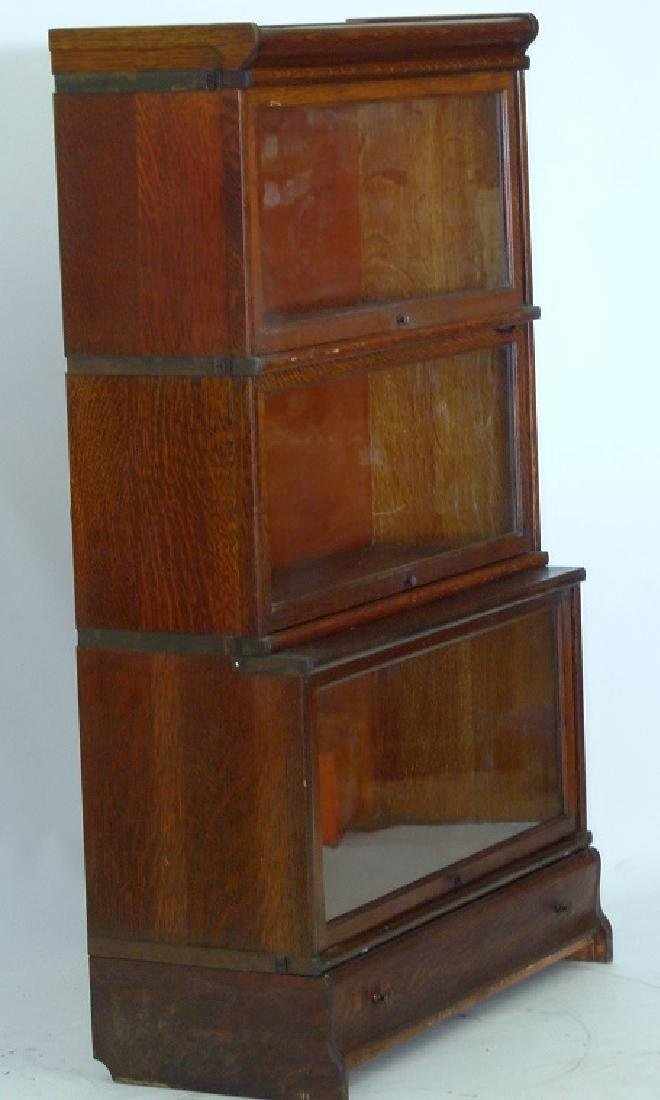 GLOBE-WERNIEKE OAK 3 STACK LAWYERS BOOKCASE, C. 1920 - 2