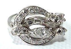 ART DECO 14KT WHITE GOLD DIAMOND RING, C. 1920