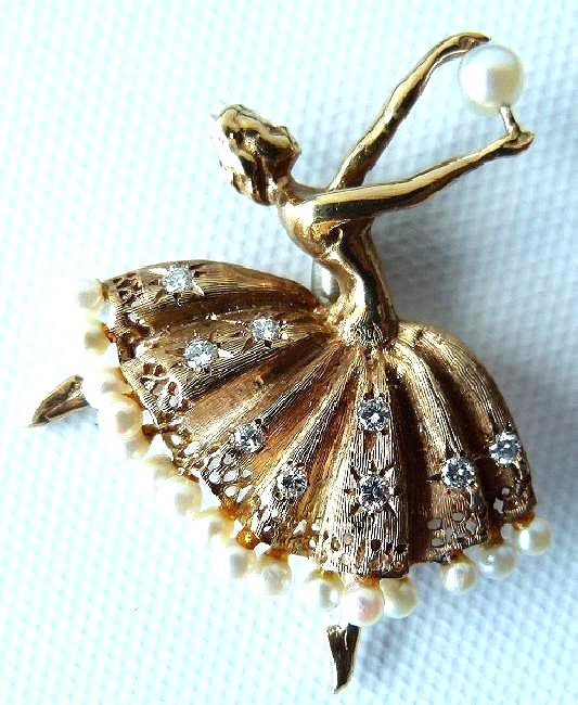 DECO 14KT YELLOW GOLD BALLERINA W/ PEARLS PIN, C. 1940 - 2