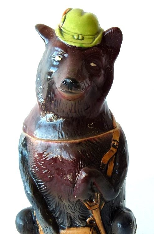 "1/2 LITRE GERMAN CHARACTER STEIN ""HUNTING WOLF"" 19/20TH - 4"