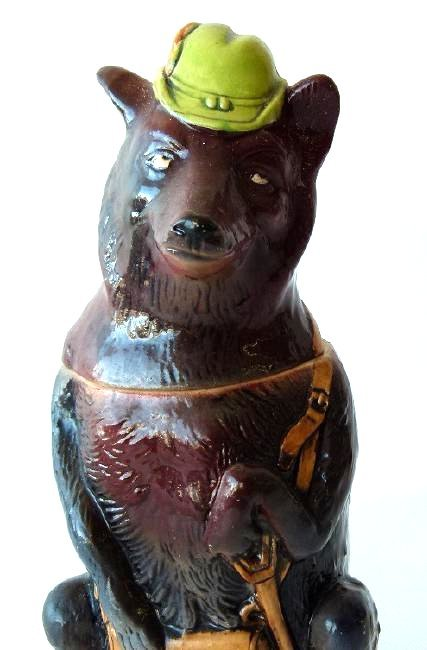 "1/2 LITRE GERMAN CHARACTER STEIN ""HUNTING WOLF"" 19/20TH - 5"