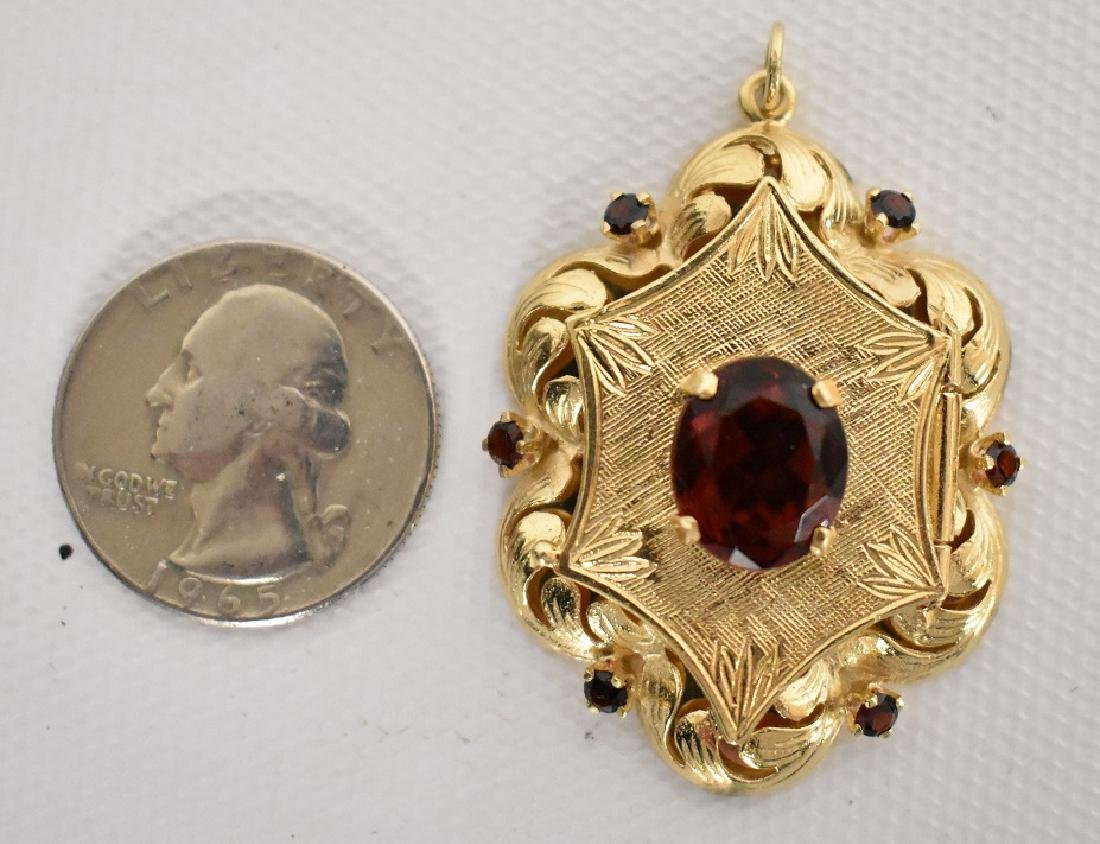 VICTORIAN 14KT. YELLOW GOLD GARNET PENDANT 20TH C.