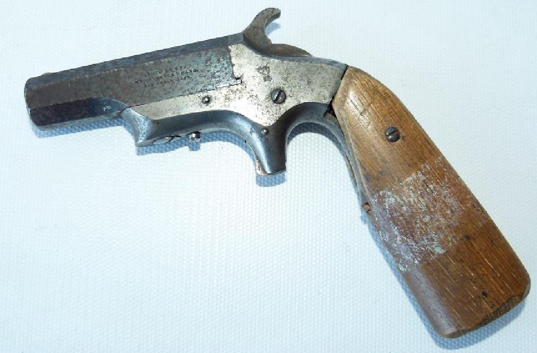 ANTIQUE BROWN MANUFACTURING CO. 38 CAL. DERRINGER, 19TH