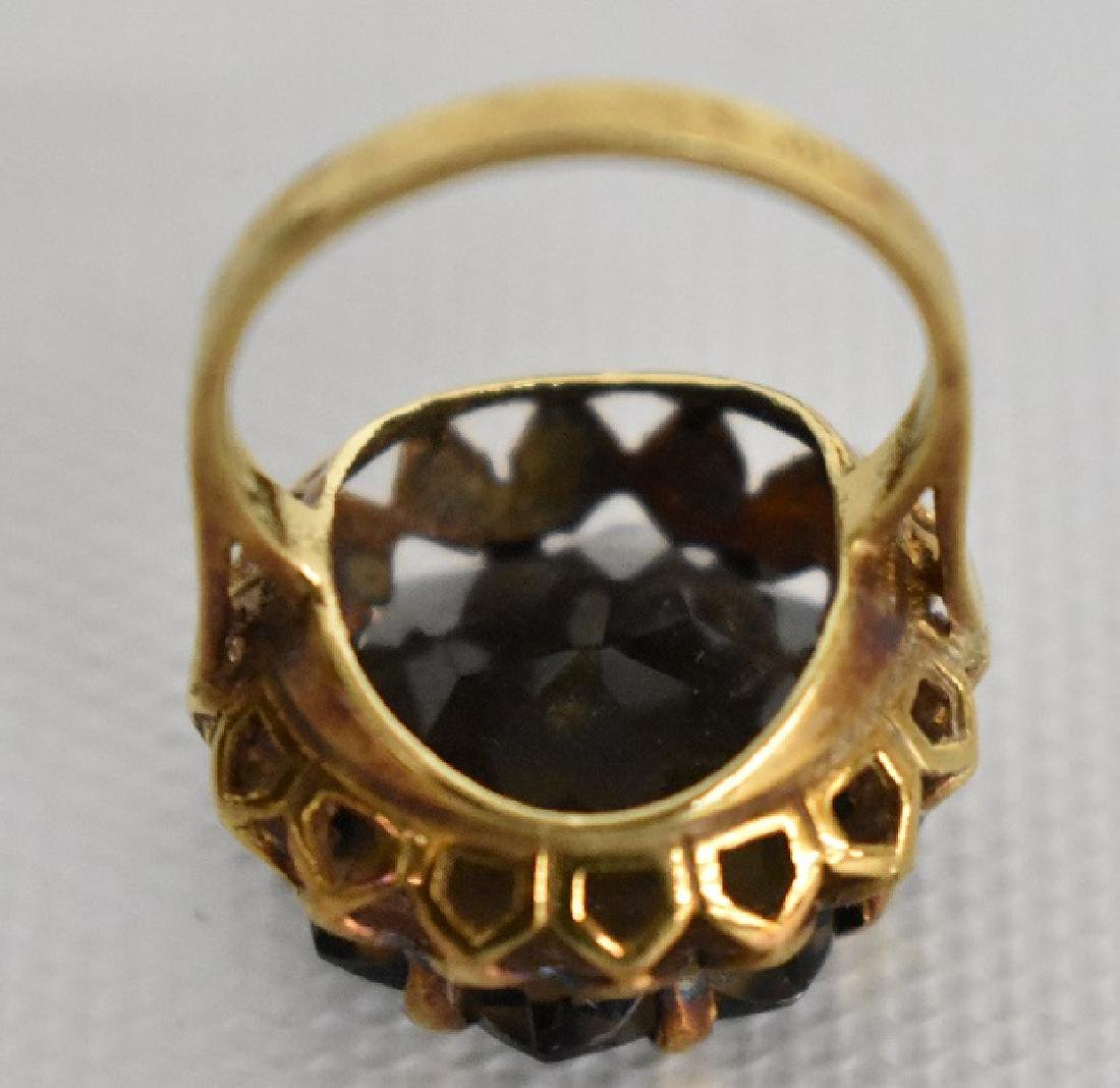 MODERN 14KT. YELLOW GOLD/SMOKEY TOPAZ COCKTAIL RING - 6