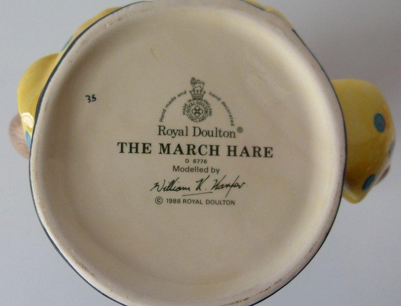 LOT (2) ROYAL DOULTON SANTA CLAUS/MARCH HARE TOBY MUGS - 5