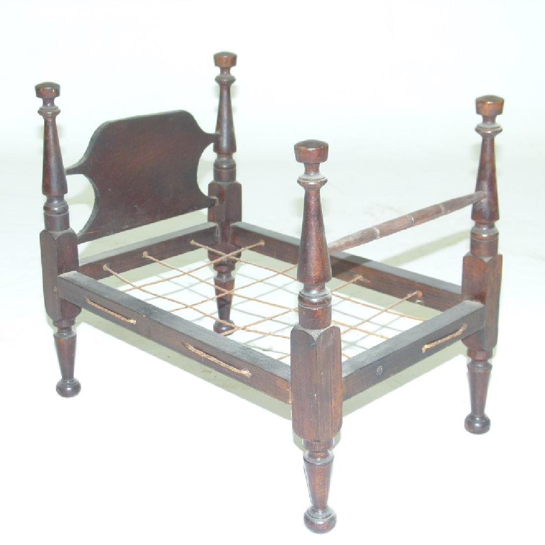 SHERATON CHERRY CHILDS DOLL BED, C. 1820/30 - 2
