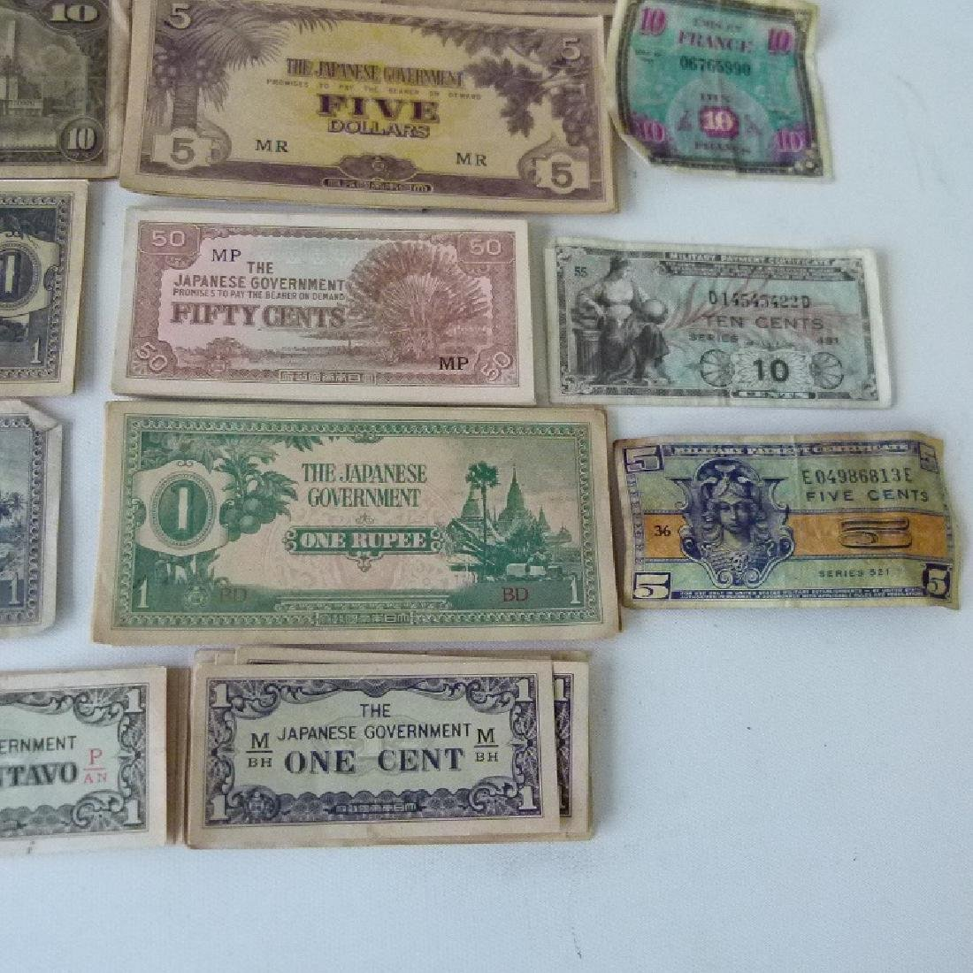 LOT WW II JAPANESE  INVASION CURRENCY, C. 1945 - 3