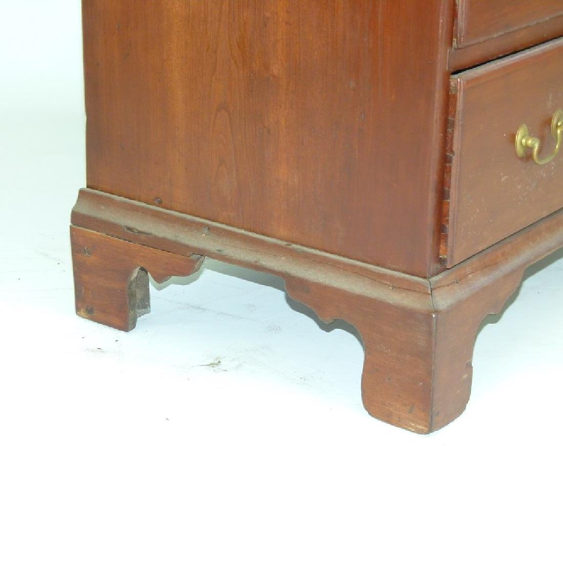 CHIPPENDALE CHERRY 2/5 CHEST OF DRAWERS, 18TH C. - 7