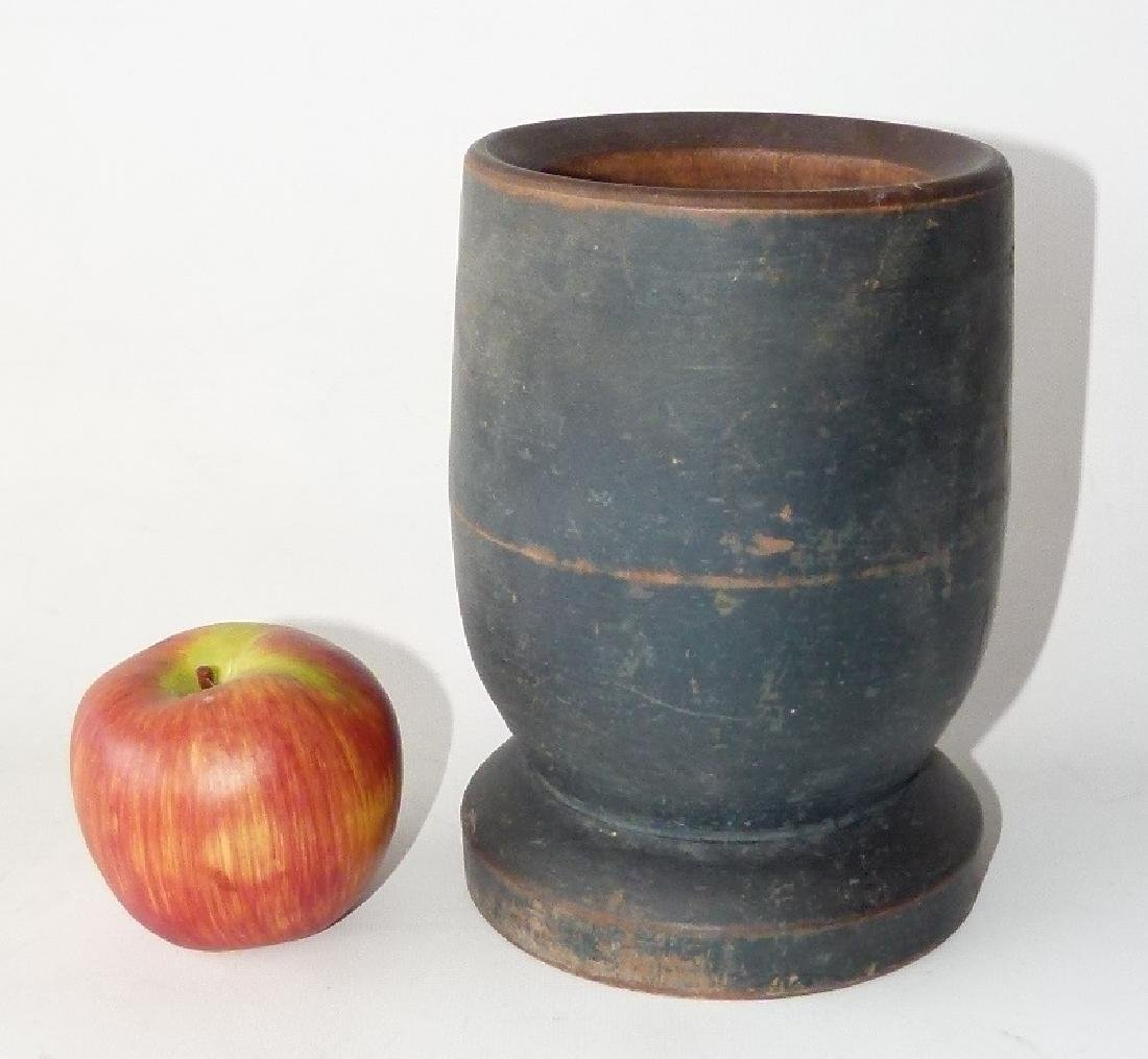 EARLY COUNTRY MORTAR/PESTLE PAINTED  WOOD - 10