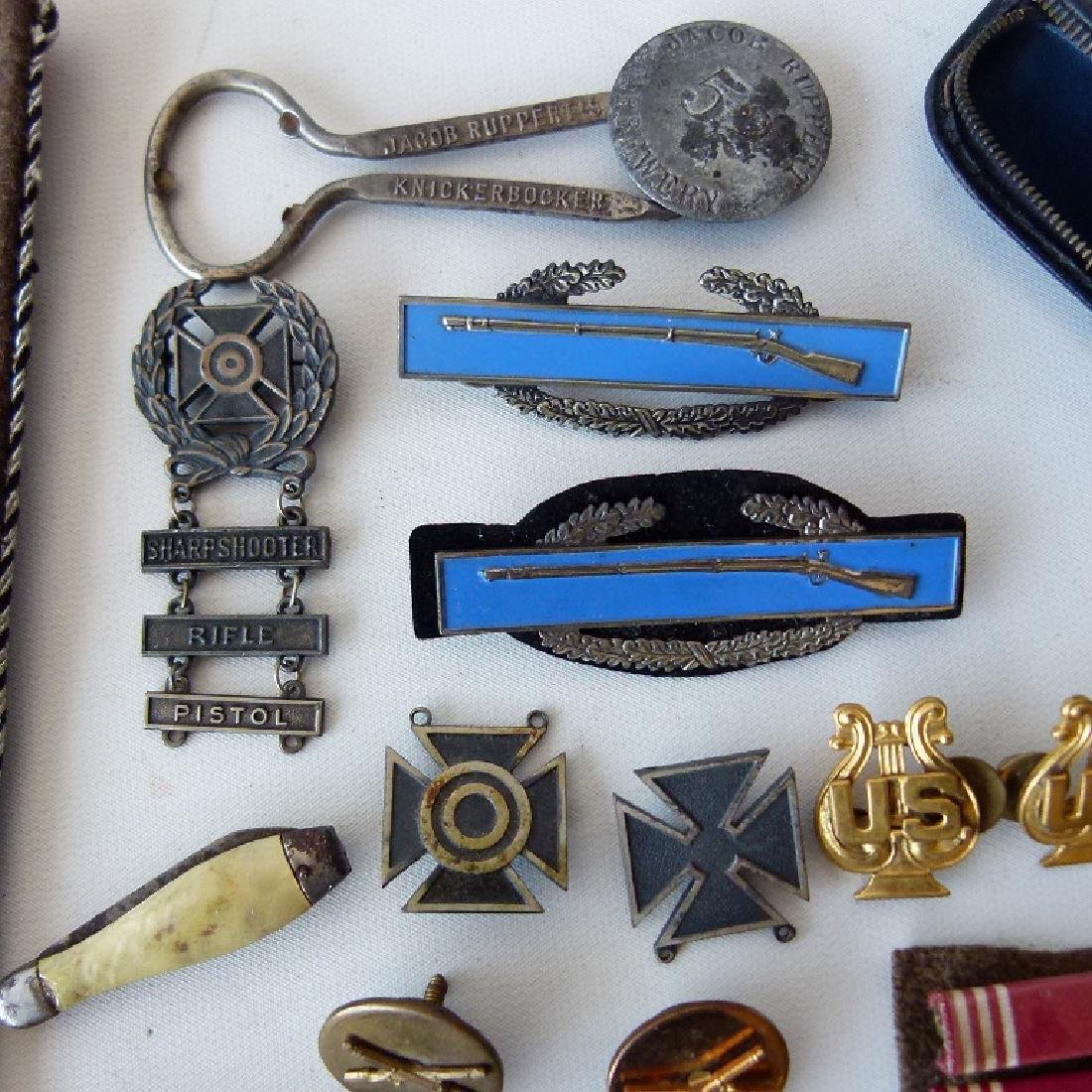 WWII GERMAN/US MILITARY PINS, BUTTONS, BADGES - 3
