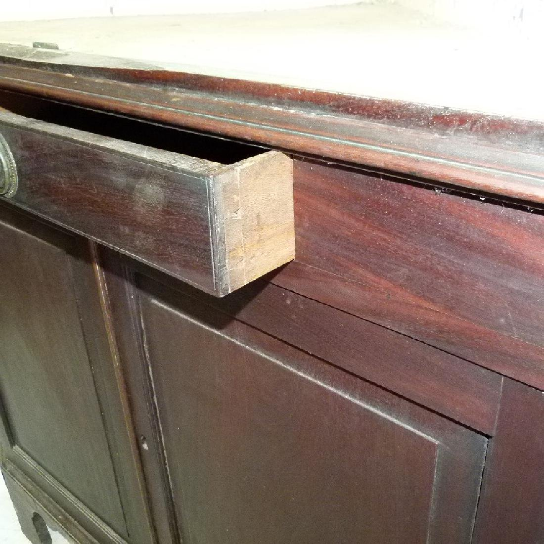 CHIPPENDALE MAHOGANY 2 PART CORNER CUPBOARD - 9